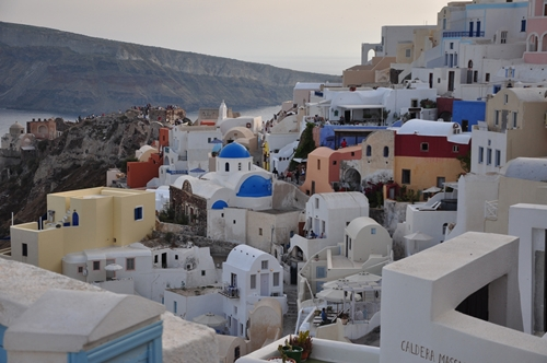 The World's Most Romantic Travel Destinations-5 - Oia, Santorini, Greece