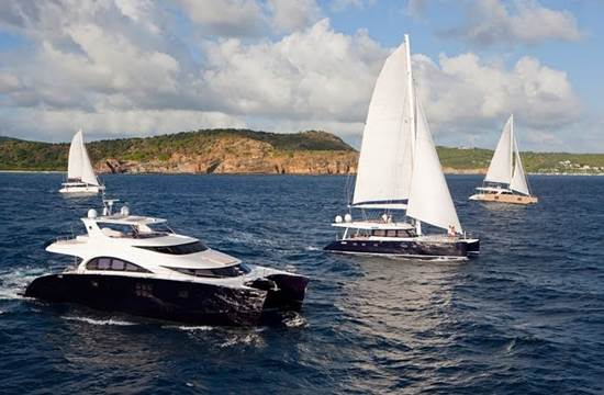 A Great Barrier Reef Overnight Sailing Trip is a Dream Come True 1