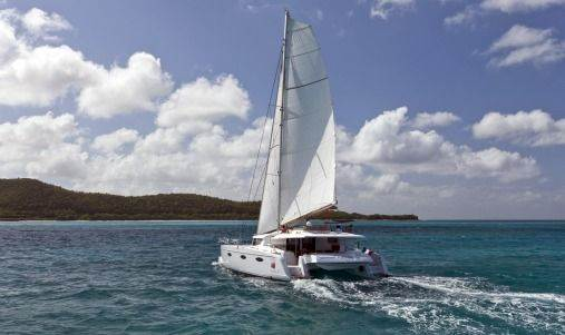 A Great Barrier Reef Overnight Sailing Trip is a Dream Come True 3