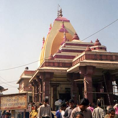 Famous Temples to Visit from Mumbai Tourism 4