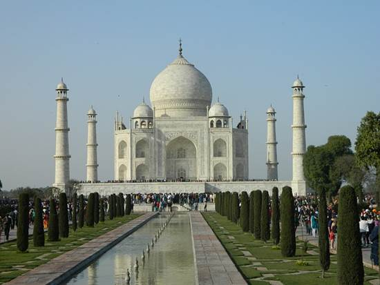 Go for a Tour Delight - Places to Visit near Taj Mahal 1