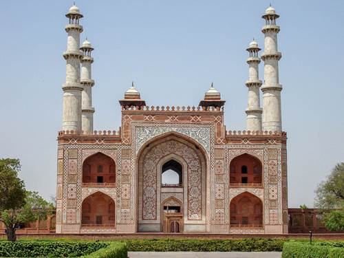 Go for a Tour Delight - Places to Visit near Taj Mahal 2